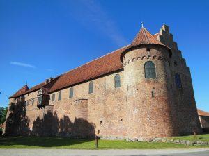 castle-141013_1280