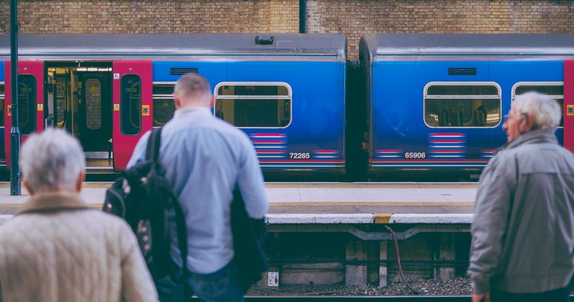 vlak_putnici