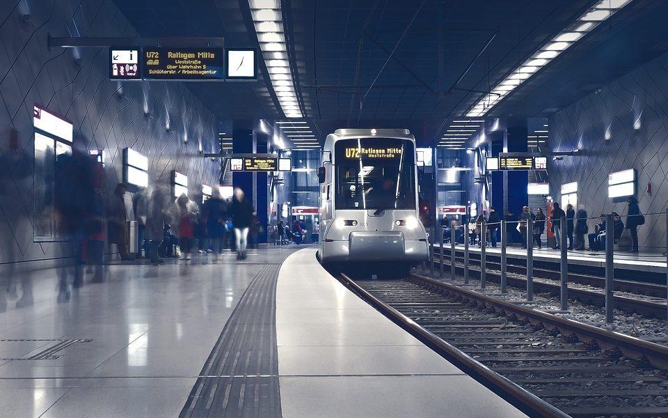 metro-2942353_960_720