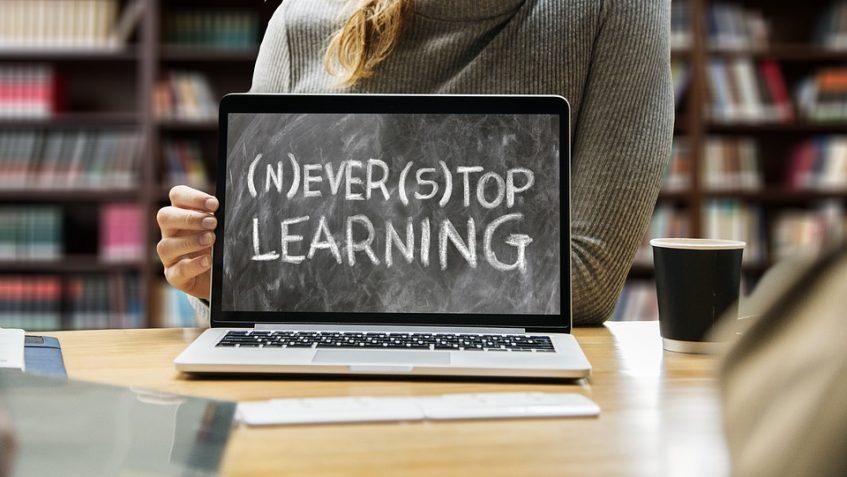 learn-3653430_960_720